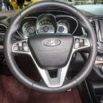 Руль и кнопки управления