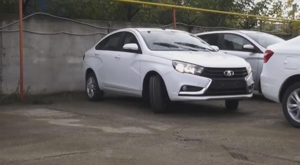 Автомобиль Лада Веста
